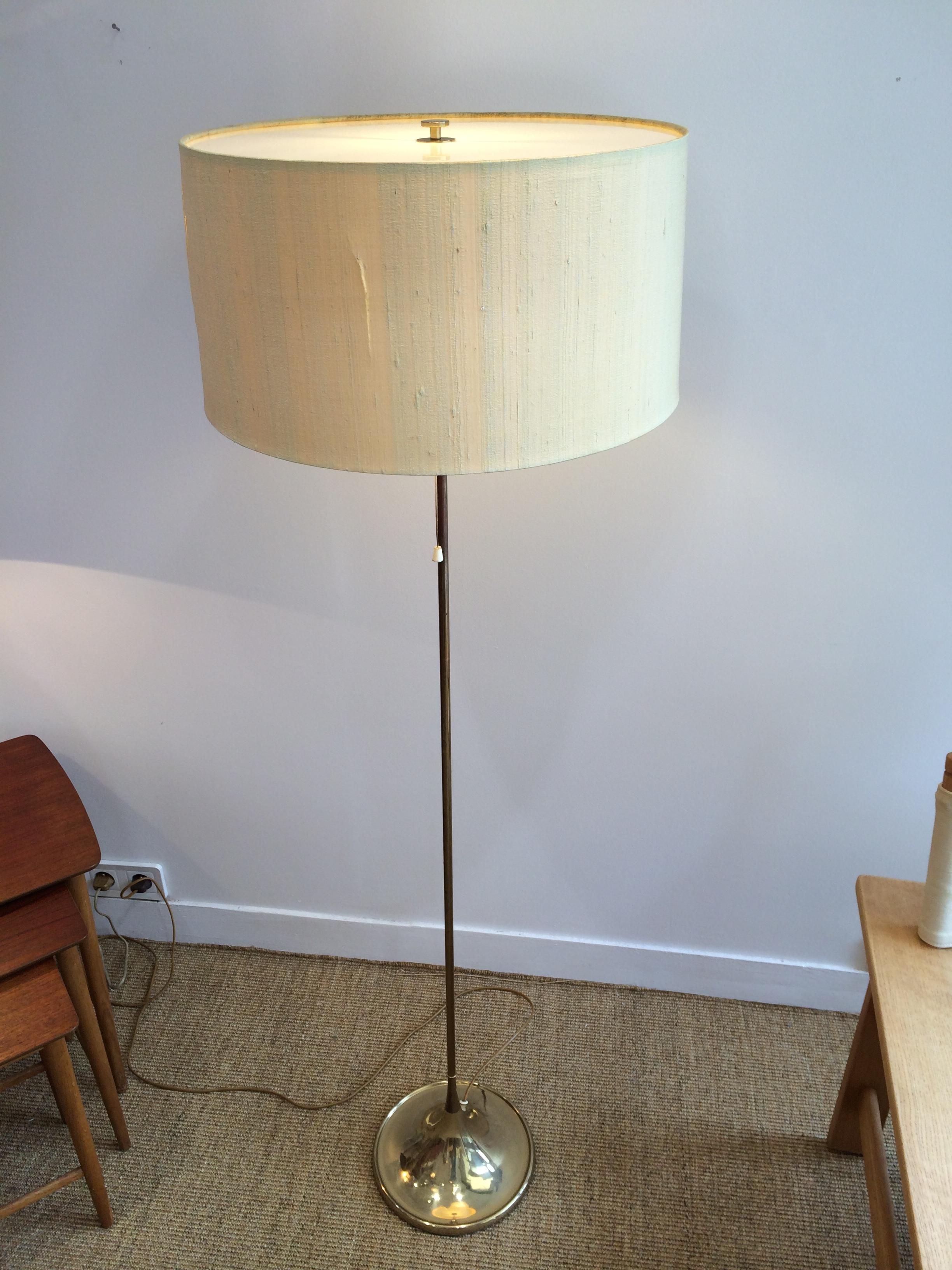 lampadaire en laiton dor bergboms. Black Bedroom Furniture Sets. Home Design Ideas