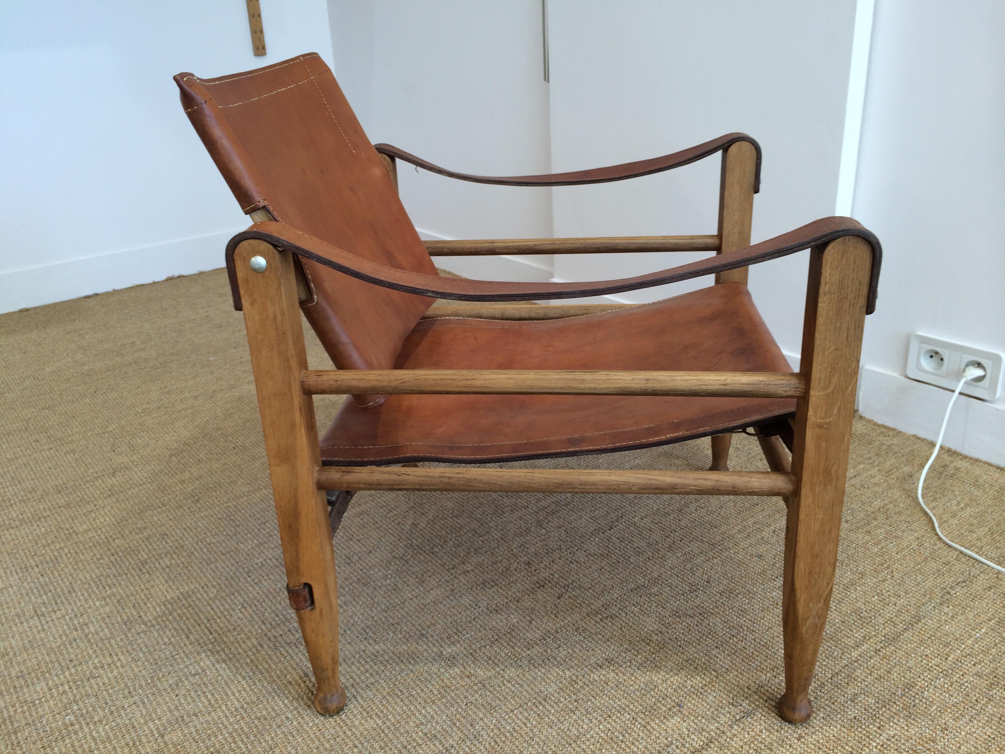 Paire de fauteuils safari en chªne et cuir fauve – Danemark 60 s