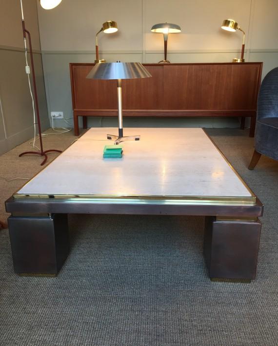 table basse travertin et m tal patin 70 s. Black Bedroom Furniture Sets. Home Design Ideas